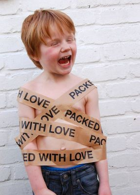 The owner of Lots of Lili - Website of Lots of Lili - in Belgium wrapped her son - with love.